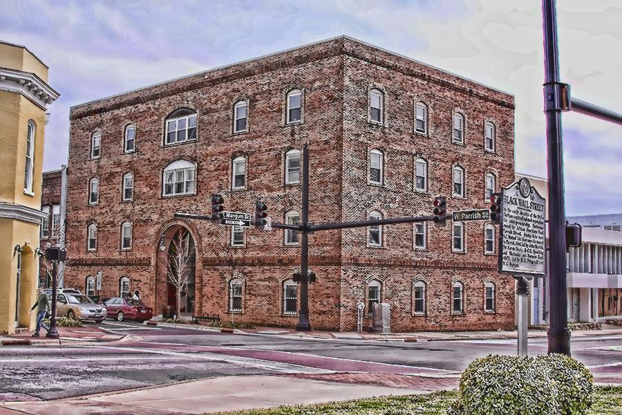 100 E Parrish Building
